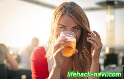 吹き出物 原因 アルコール