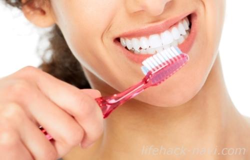 歯 白く 歯を磨く