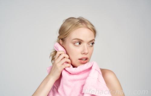 除毛クリーム 水分タオルで拭き取る