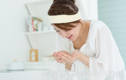 卵肌 洗顔方法 ぬるま湯