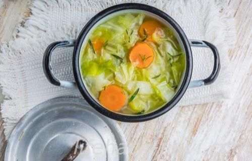 夜食 太らない 食べ物 野菜スープ