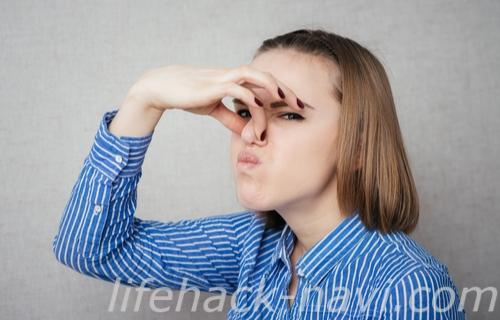 頭皮 臭い 原因 加齢臭