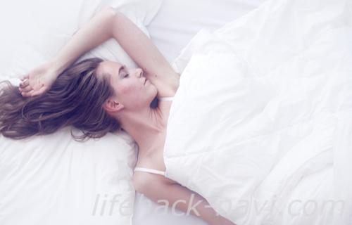 顎 吹き出物 治す 睡眠