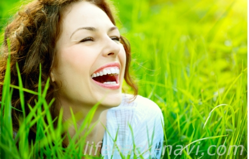 二重顎 なくす 方法 よく笑う