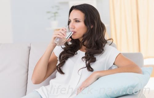 髪の毛 早く 伸ばす 水を飲む