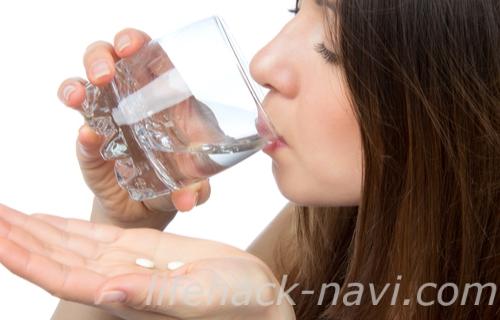 便秘 治す 方法 薬を飲む