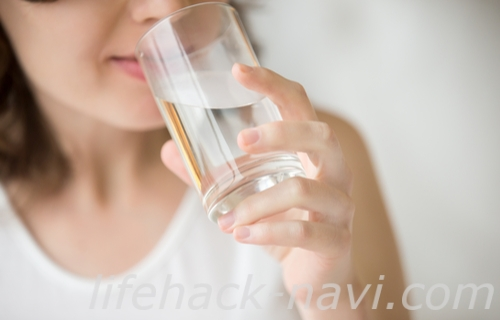 便秘 治す 水