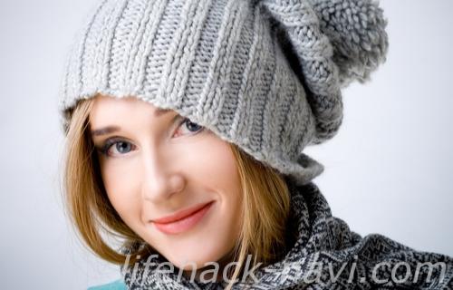 前髪 浮く 対処法 ニット帽