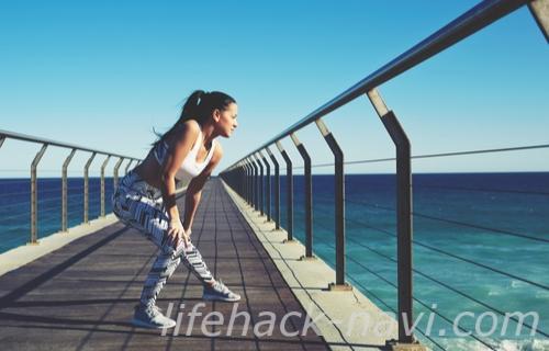 手の甲 血管 浮き出る 運動